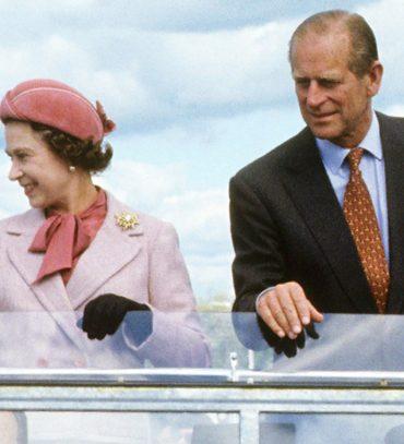 image-royal-bodyguards-memoirs-wide